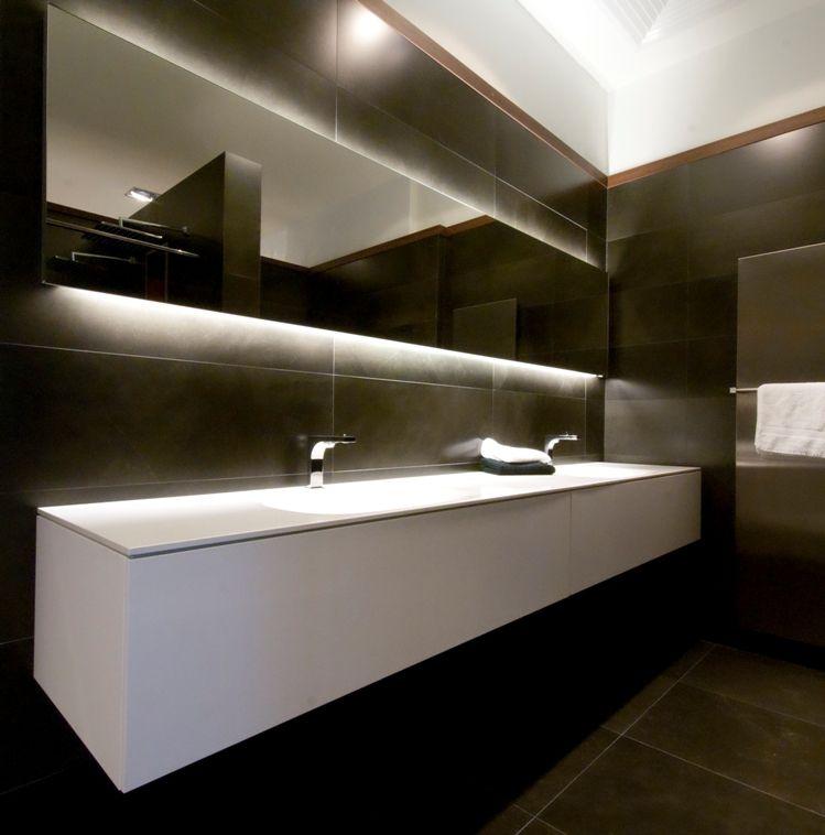 Pin de Tegelhuis Badkamers en Tegels en Tegelhuis showroom | Pinterest