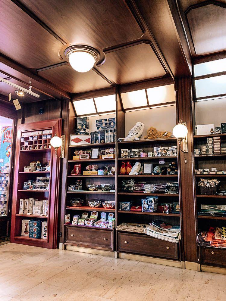 3 Themen Cafes In Klagenfurt Die Du Unbedingt Mal Besuchen Musst Karnten Urlaub Cafe Klagenfurt