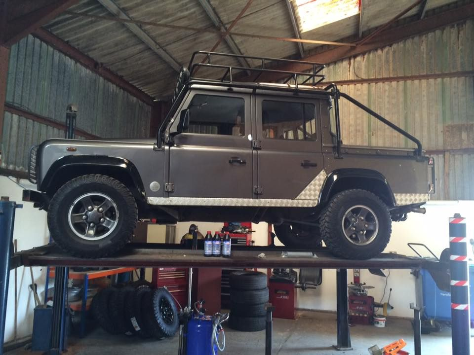 Tomb Raider Defender Gearbox And Transfer Oil Change Land Rover - Land rover oil change