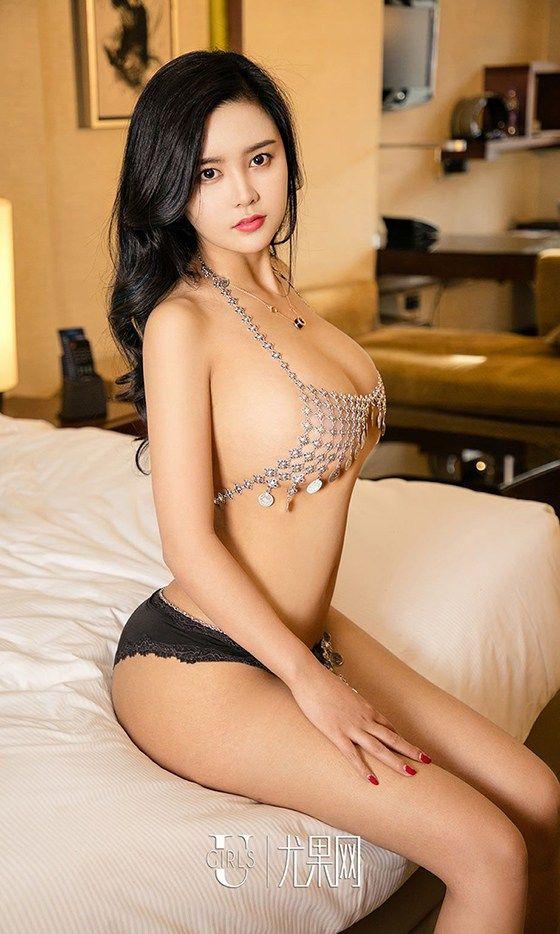 Asian tan boobs