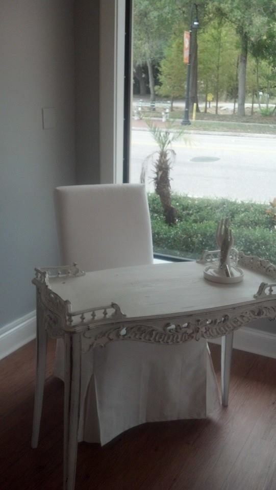 One of our manicure tables, devine. | Manicure Tables | Pinterest ...