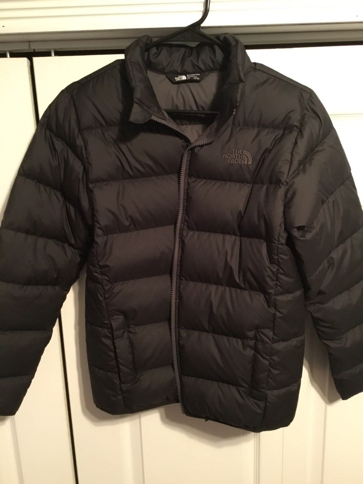 This Jacket Is New Without Tags This Boys Winter Jacket Is Packed With 550 Fill Down For Straight Forward Re North Face Coat Jackets Winter Jackets [ 1600 x 1200 Pixel ]