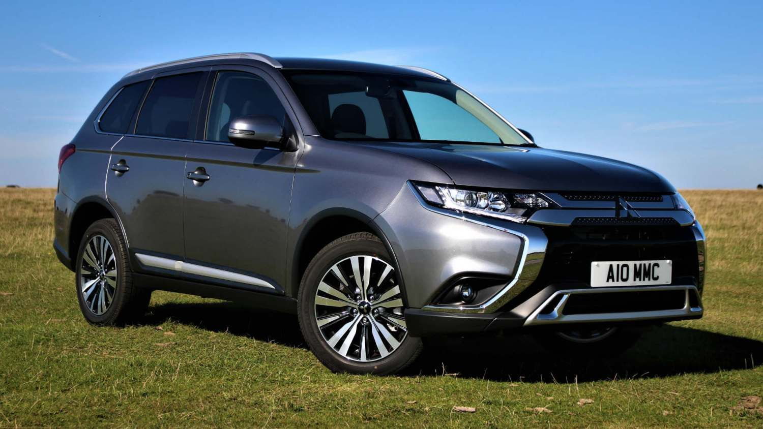 Engine And Interior Upgrades For 2020 Mitsubishi Outlander In 2020