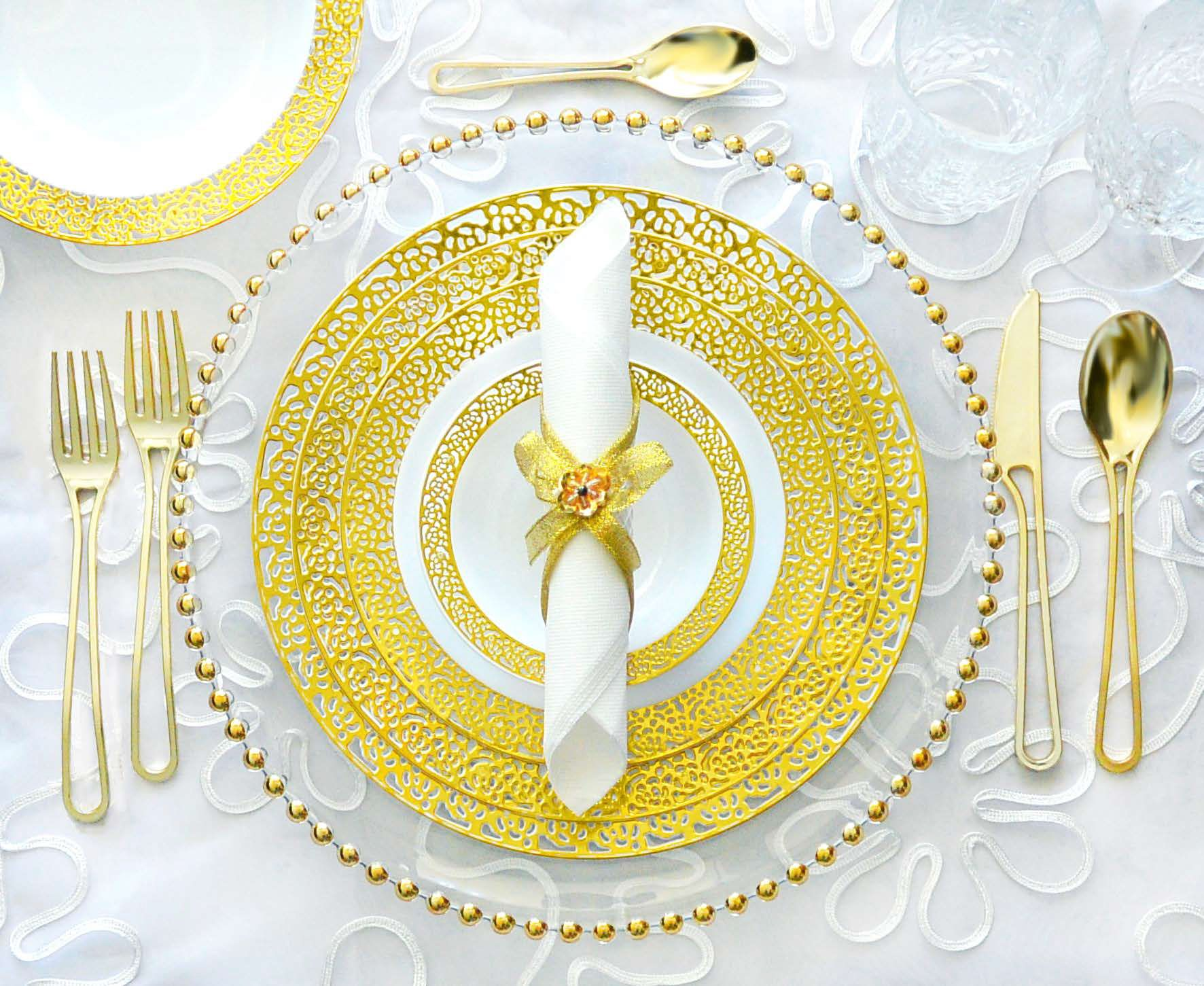 Gorgeous Disposable Plastic Gold Lace Plates Available At