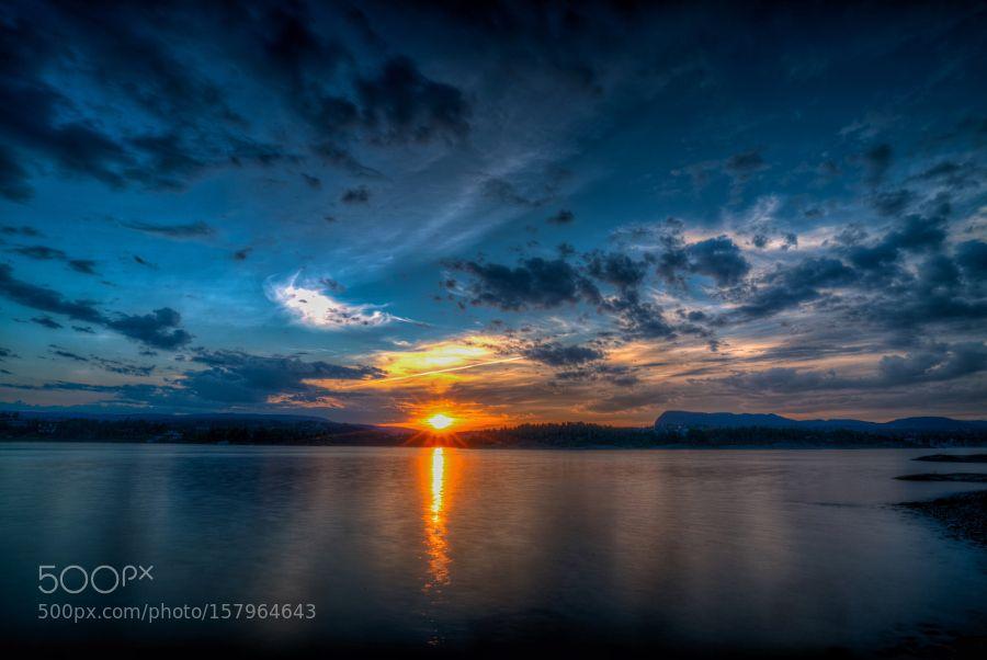 Long exposed Borøya sunset by nerdcissus #Landscapes #Landscapephotography #Nature #Travel #photography #pictureoftheday #photooftheday #photooftheweek #trending #trendingnow #picoftheday #picoftheweek