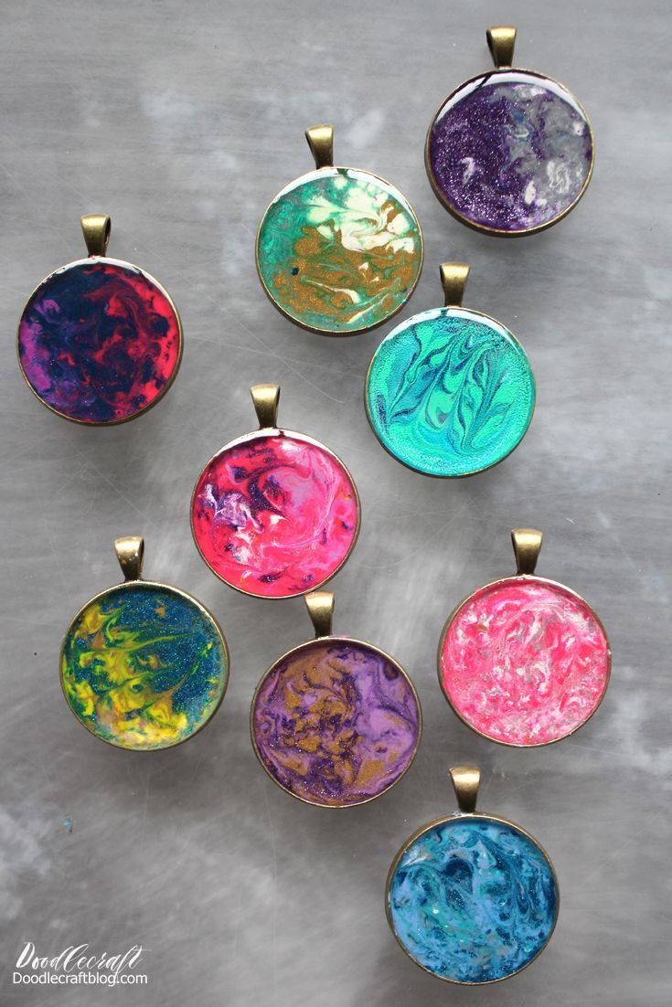 Photo of Crayon Marbled Pendants with Jewelry Resin DIY