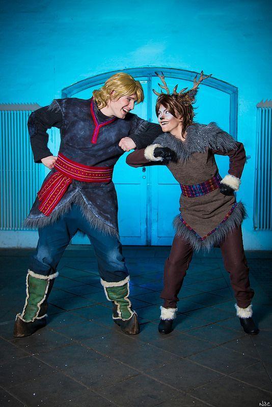 diy family frozen costumes | Kristoff and Sven (Frozen) #JpopCon2014