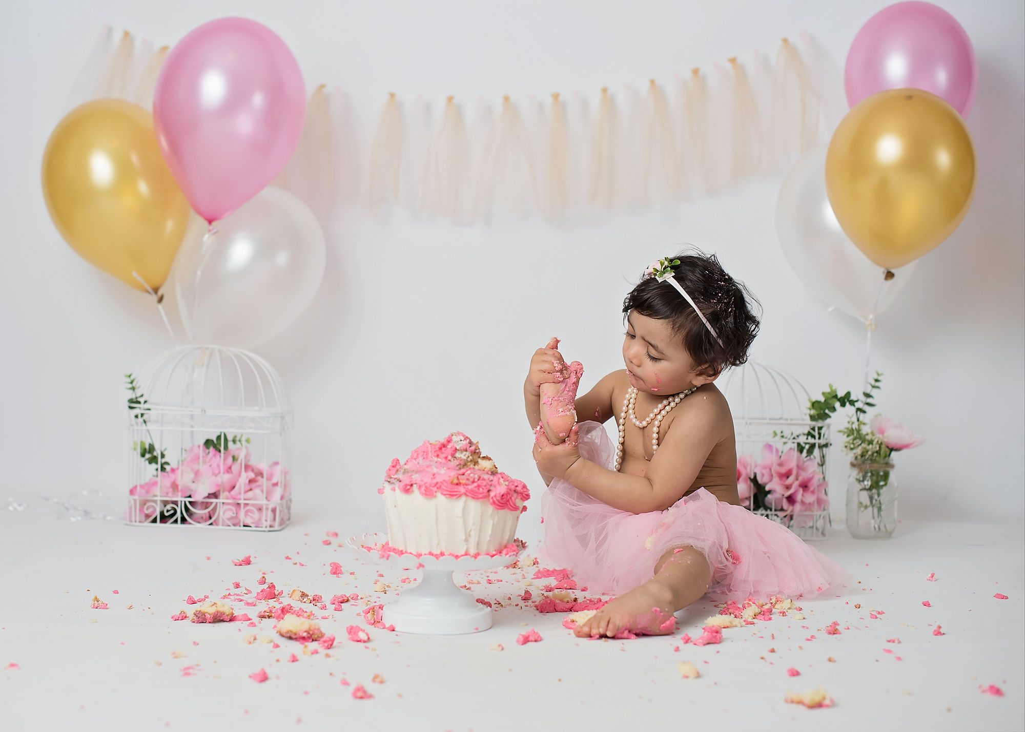 Cake Smash Is A New Way To Celebrate Your Baby S First Birthday