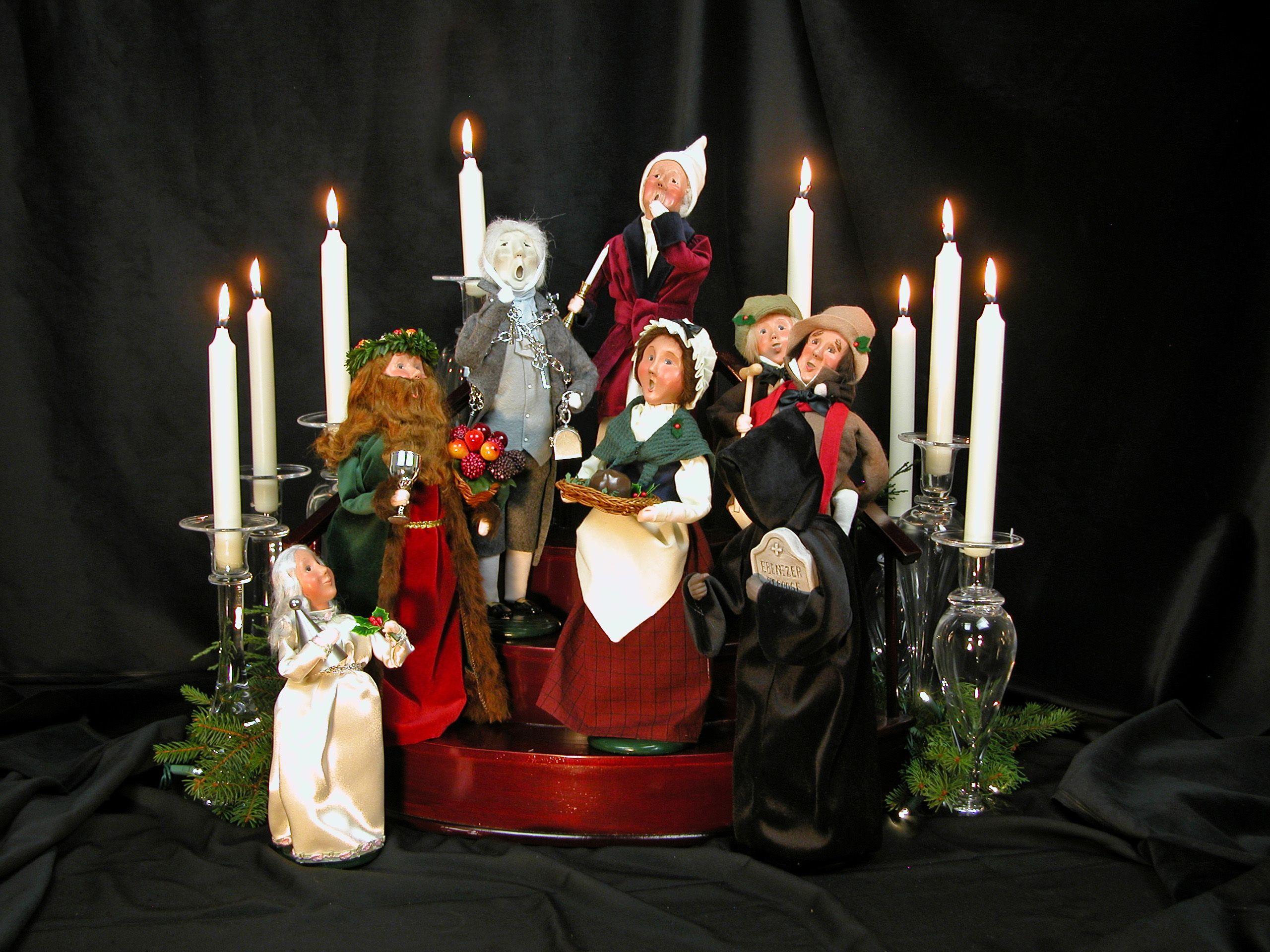 The A Christmas Carol Caroler Display 2012 Byers