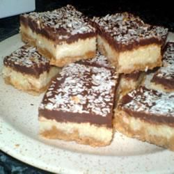 Chocolate And Coconut Biscuit Cookie Bars 110g Butter 125g Digestive Biscuits Crushed 200g Desiccated Coconut 1 Biscuit Recipe Biscuit Bar Coconut Biscuits
