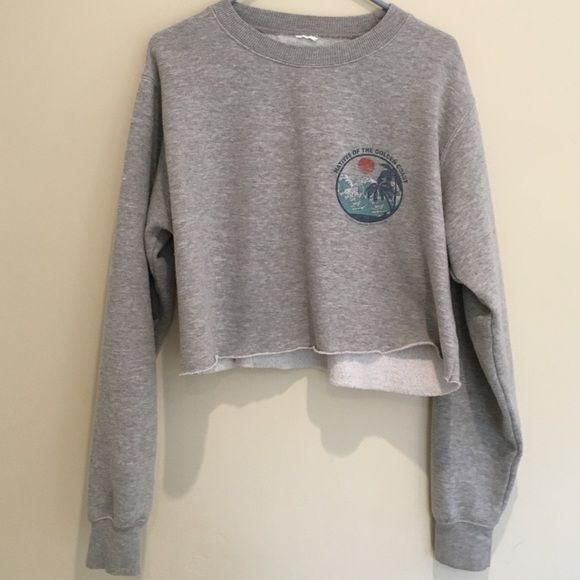 Brandy crew neck sweatshirt ♡ has slight piling and cut out tag ♡ bundles = cheaper prices ♡ use button to offer price ♡ any questions, just ask  ♡ no trades! Brandy Melville Sweaters Crew & Scoop Necks