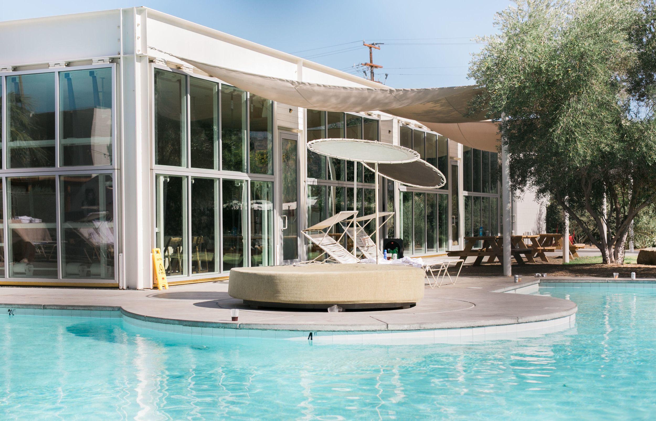 Desert wedding venue crawl rimrock ranch ace hotel