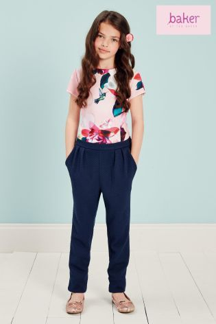 The perfect jumpsuit for party's!