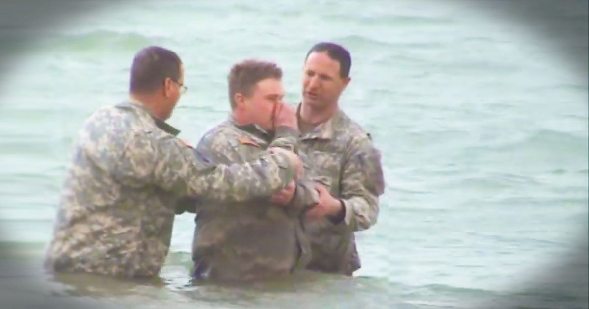 Iraq war christian baptism in the euphrates river