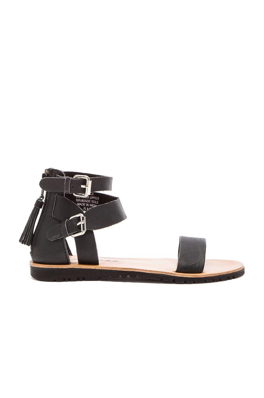 Matisse Stance Sandal in Black | REVOLVE