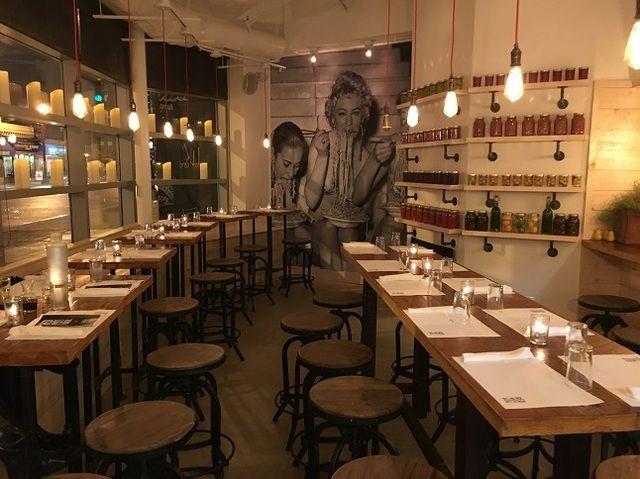 Out Late In Dc And Hungry Here Are The 10 Best Places To Get A Night Dining Deal Washingtondc