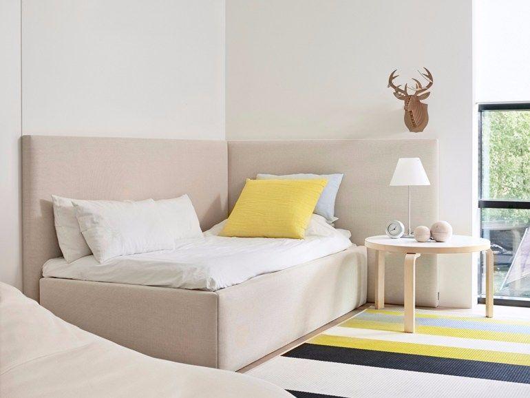Testata Letto Ad Angolo.Letto Imbottito Singolo In Tessuto Corner Bed By Woodnotes Con