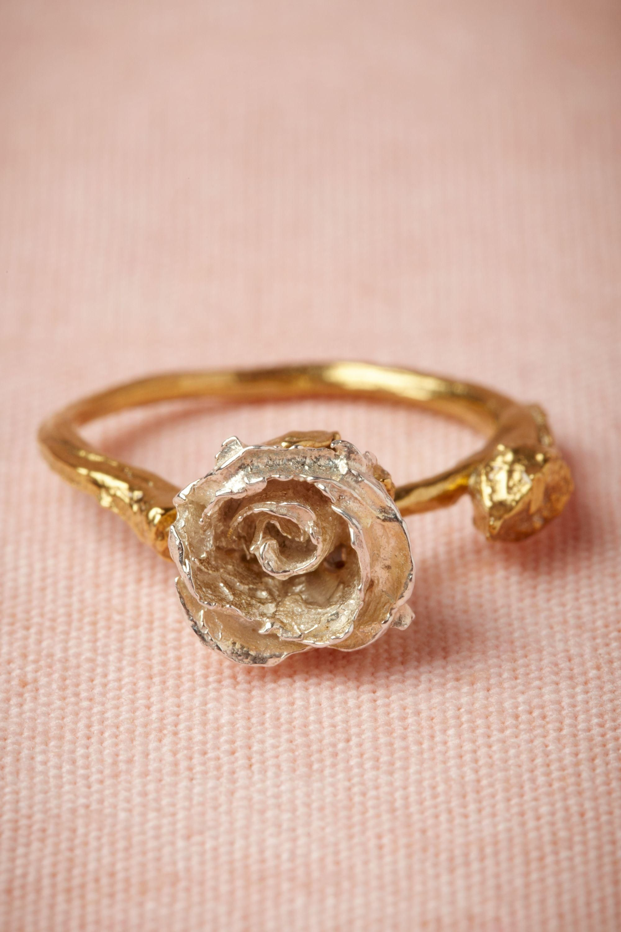 disney beauty and the beast rose ring in gold | * Kiss & Make Up ...