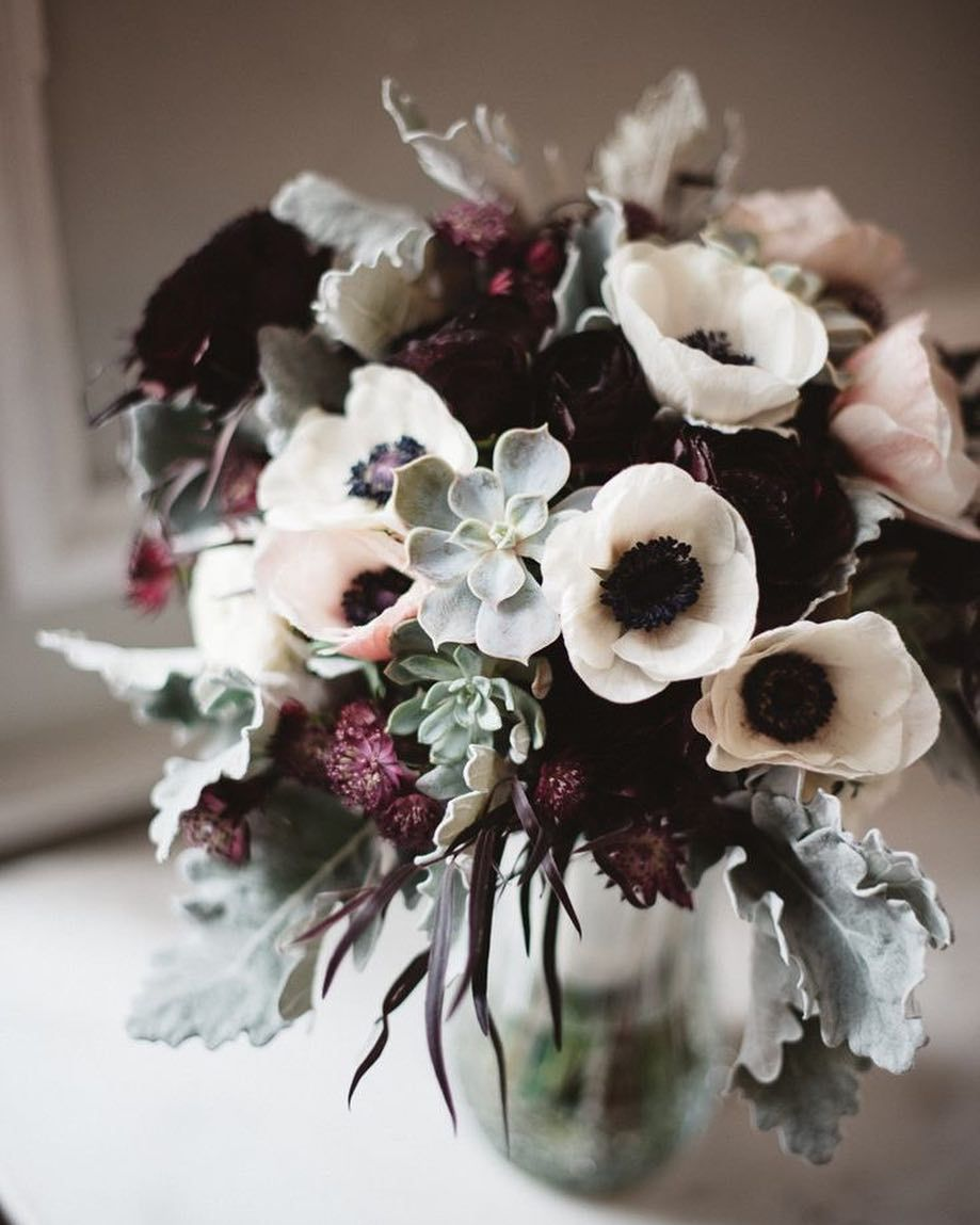 I Never Get Tired Of Black And White Anemones Floral Anemone Bouquet Freshflo Winter Floral Arrangements Winter Bouquet Winter Wedding Flowers