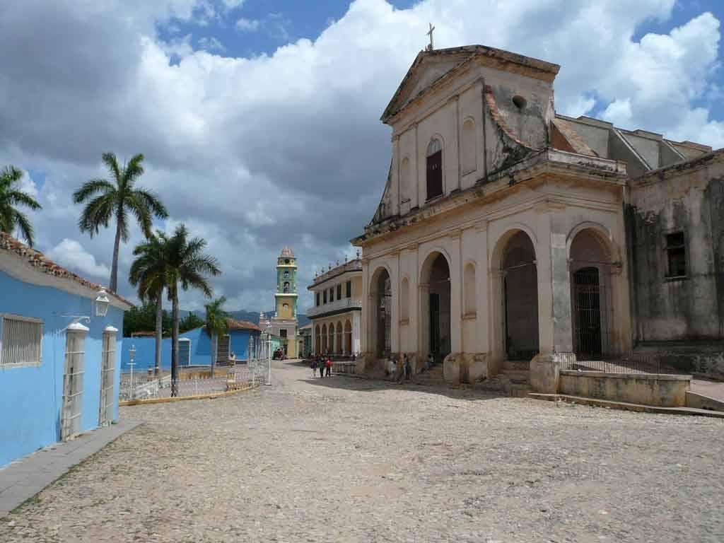 Church in Trinidad. #StudyTravel course with @Alexandre Mattart Sampere http://www.sampere.com/learn-spanish/travelling-course.html