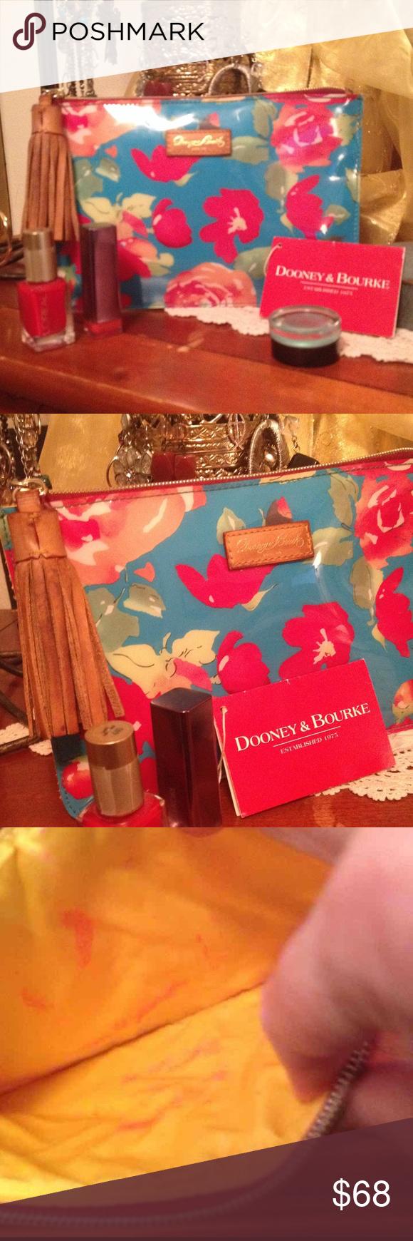 Dooney & Bourke Large Floral Rose Cosmetic Bag💄💋 Dooney