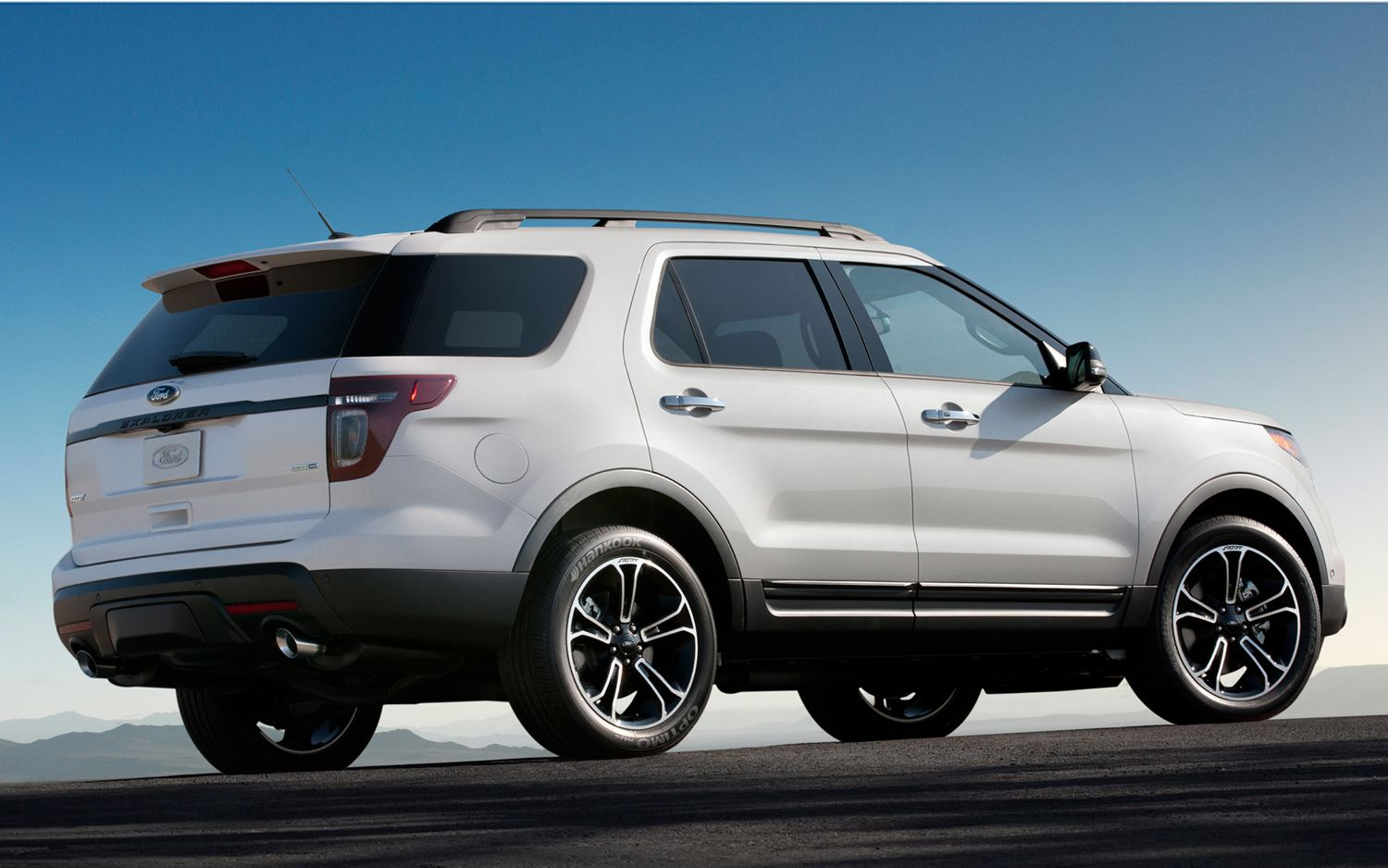 2013 Ford Explorer Sport First Drive 2014 ford explorer