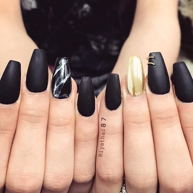 36 Edgy Ideas For Matte Black Nails To Break The Manicure