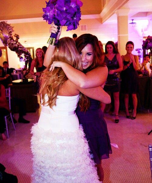 Demi Lovato At Tiffany Thornton Wedding Lovato Demi Lovato Demi