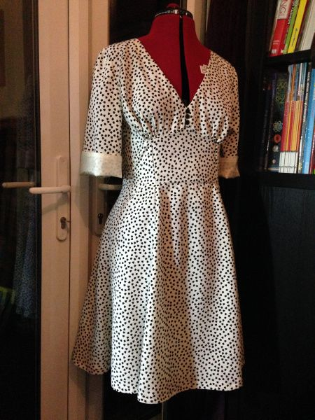 Louweezcreates Sew Over It 1940s Tea Dress Get The Pattern Here