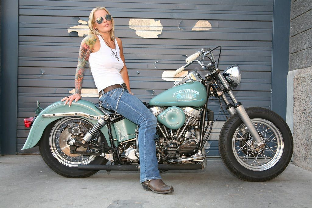 phoenix-photos-of-chicks-as-harley-davidsons-glamour-models-nickers