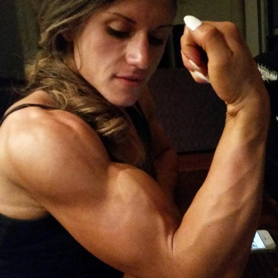 muscle girl cum