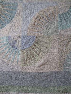Dining Room Empire: New York Beautiful - closeup of quilt block