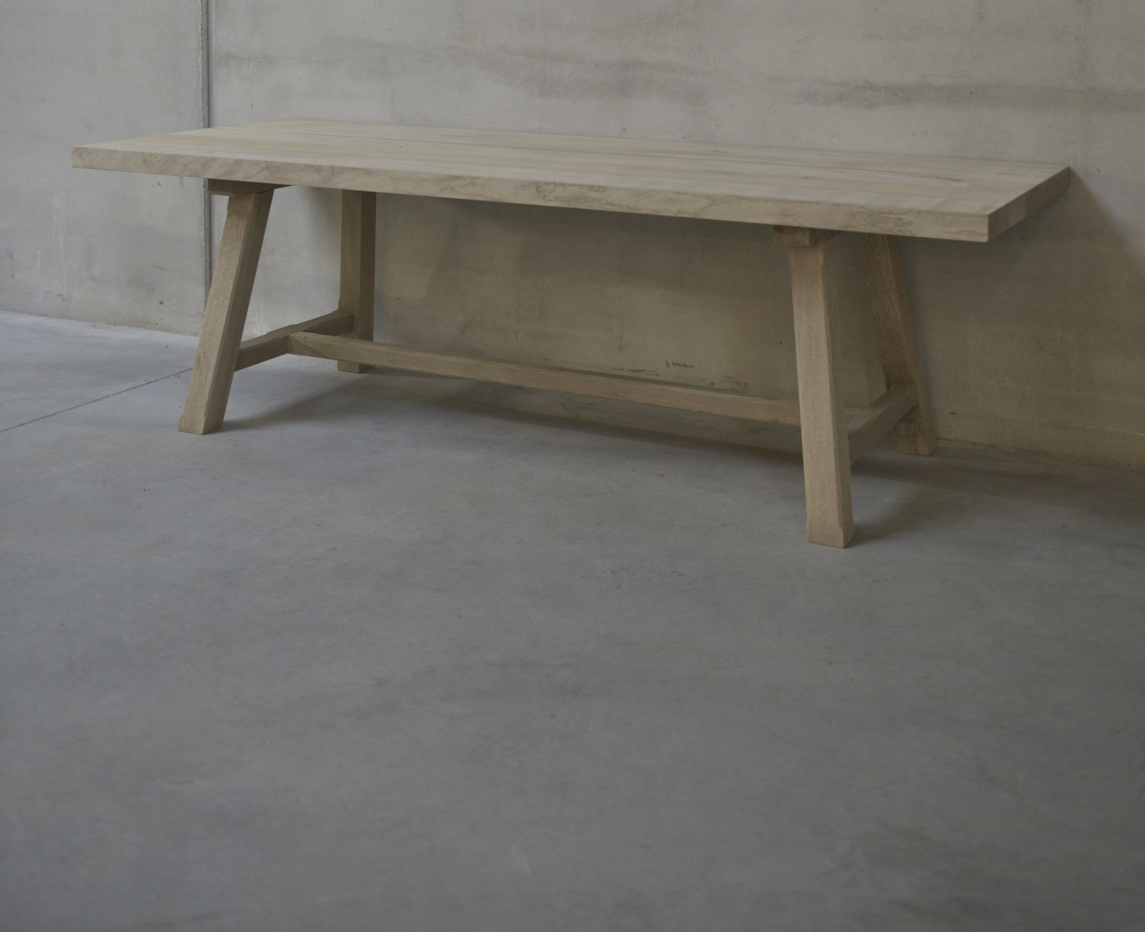 Exceptionnel Belgian Bleached Oak Dining Table Or Desk With Angled Legs