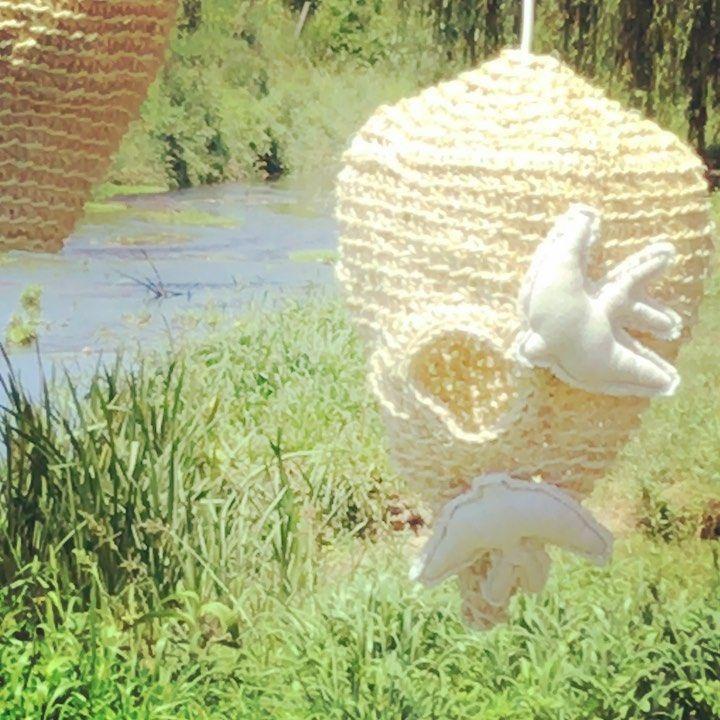 "Casa Pura on Instagram: ""#candeeiroemsisal #candeeiroartesanal #sisallamp #andorinhas #portuguesebrand #handmadelamp #feitoamao #crochetlamp #andorinhadepano…"""