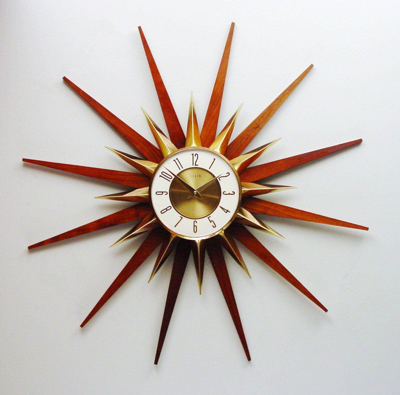 Mid Century Modern Starburst Clock 1970s Elgin Sunburst