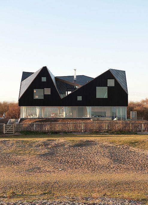 Dune House, Thorpeness, England (talk about plenty of light....)