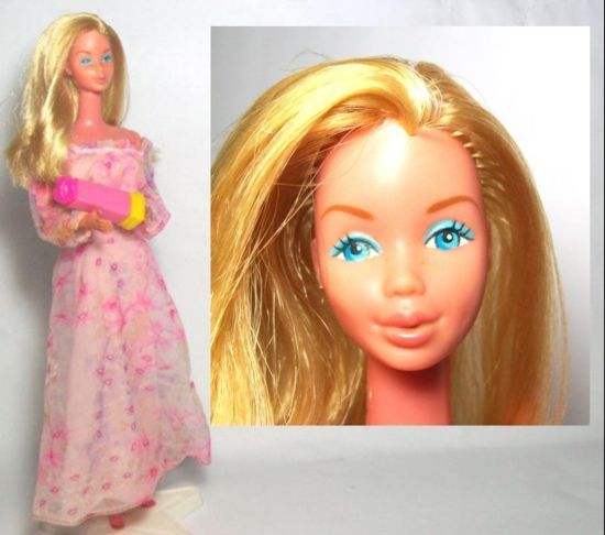 barbie kissing ken