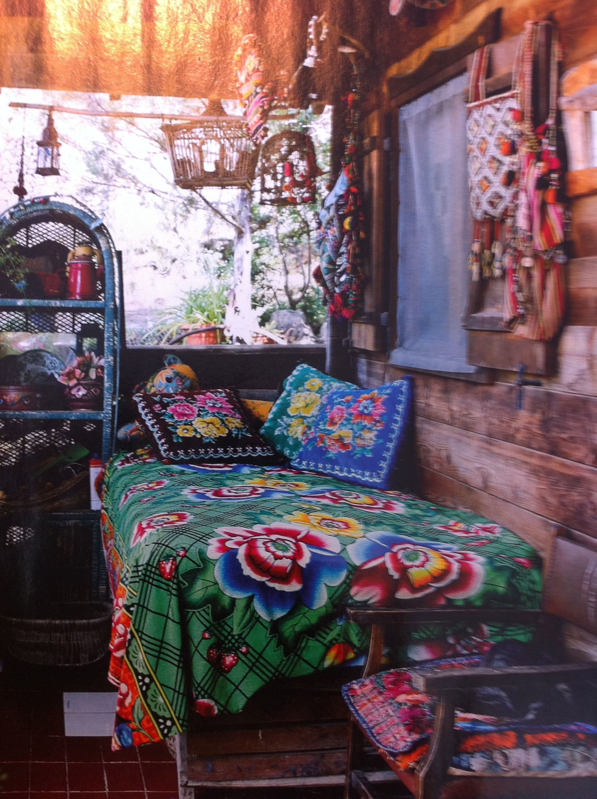 Gipsy ibiza style deco pinterest camas gitano y for Muebles gitanos