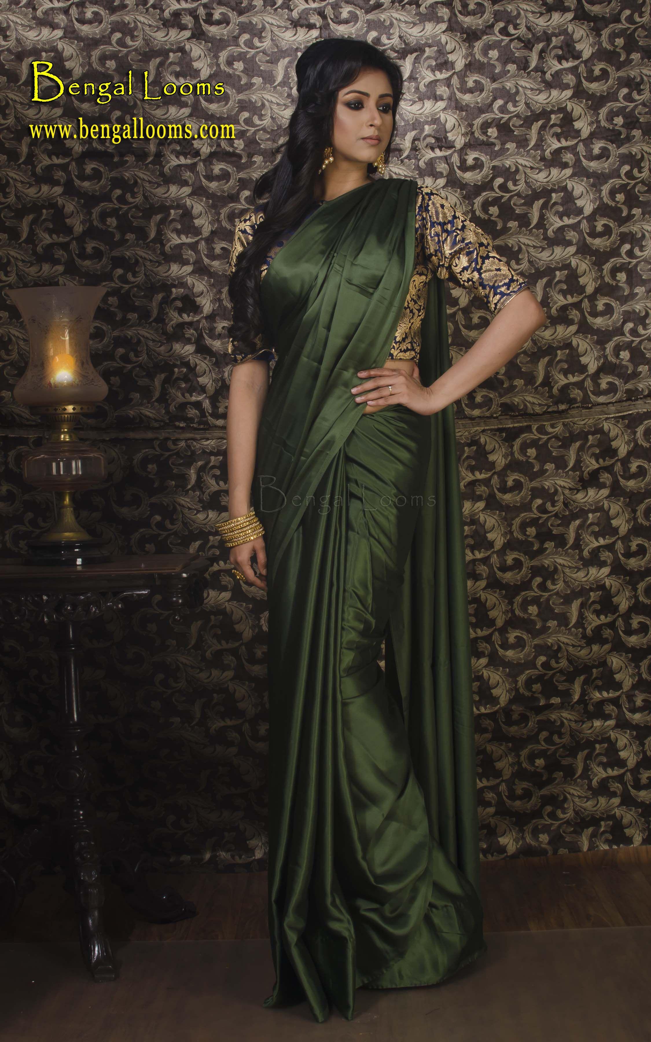 5bf858f7b5a287 Satin Silk Sari in Dark Green