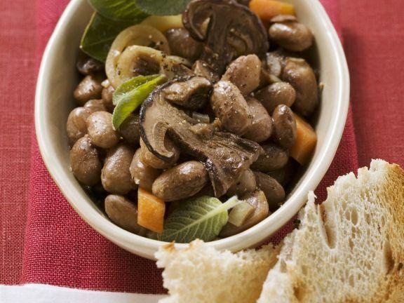 Bohnen-Steinpilz-Topf ist ein Rezept mit frischen Zutaten aus der Kategorie Hülsenfrüchte. Probieren Sie dieses und weitere Rezepte von EAT SMARTER!