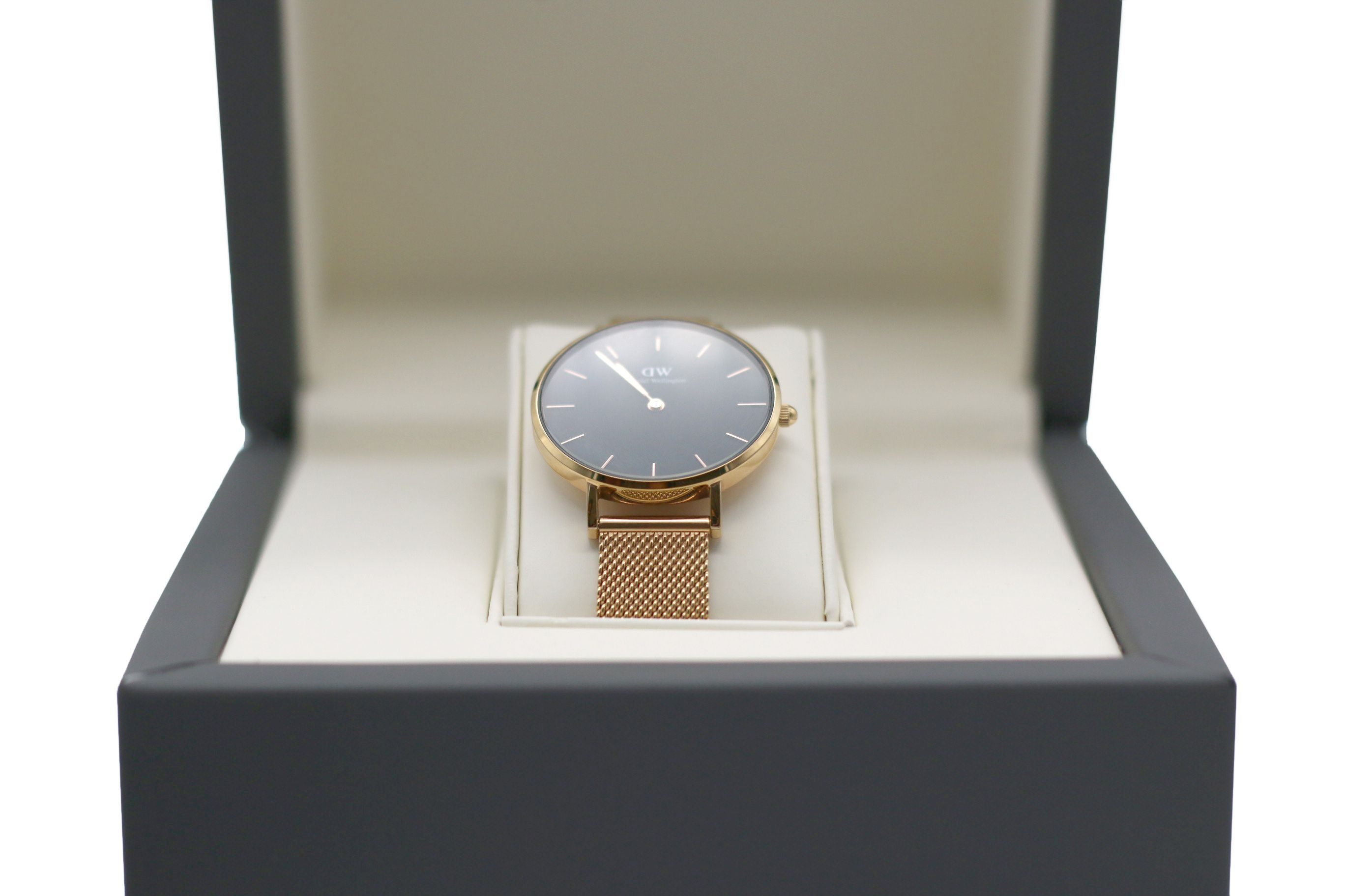 packaging design watches Designed by Swedbrand team to give some