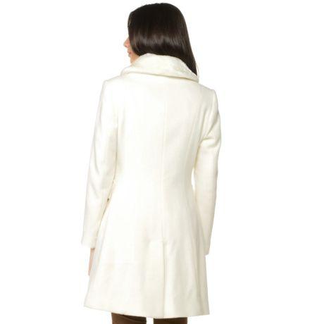 5644a4de5 CASACO DE LÃ MALISE LISO COM GOLA PELE FAKE - OFF WHITE | Blazer ...