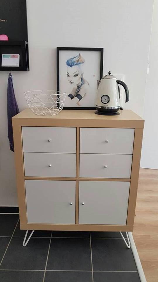 Customisez facilement vos meubles IKEA grâce à ces pieds et profitez - fixation meuble haut cuisine ikea