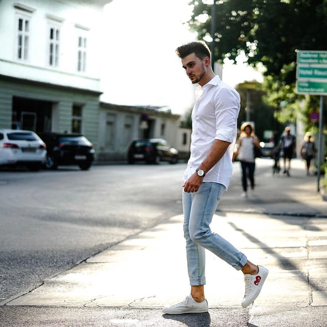 Light blue jeans outfit, White shirt
