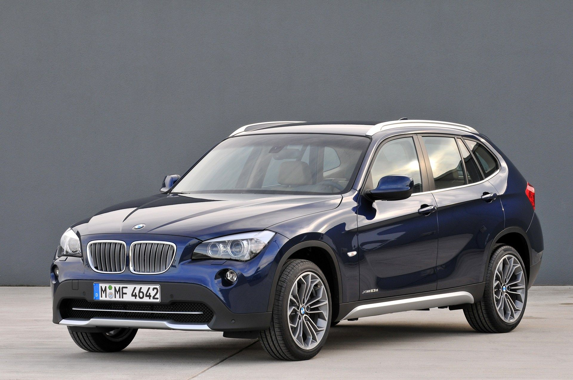 Bmw X1 Amazing Pictures Video To Bmw X1 Cars In India Bmw