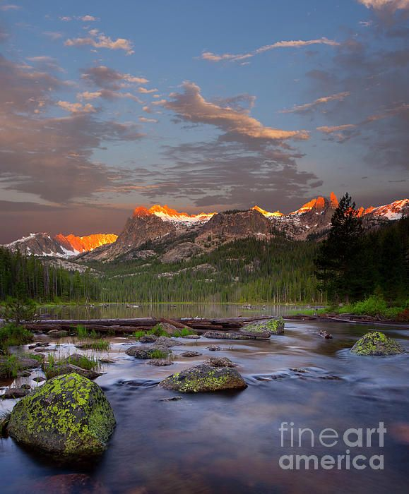 Places To Visit In The Fall In Usa: Hell Roaring Lake By Keith Kapple