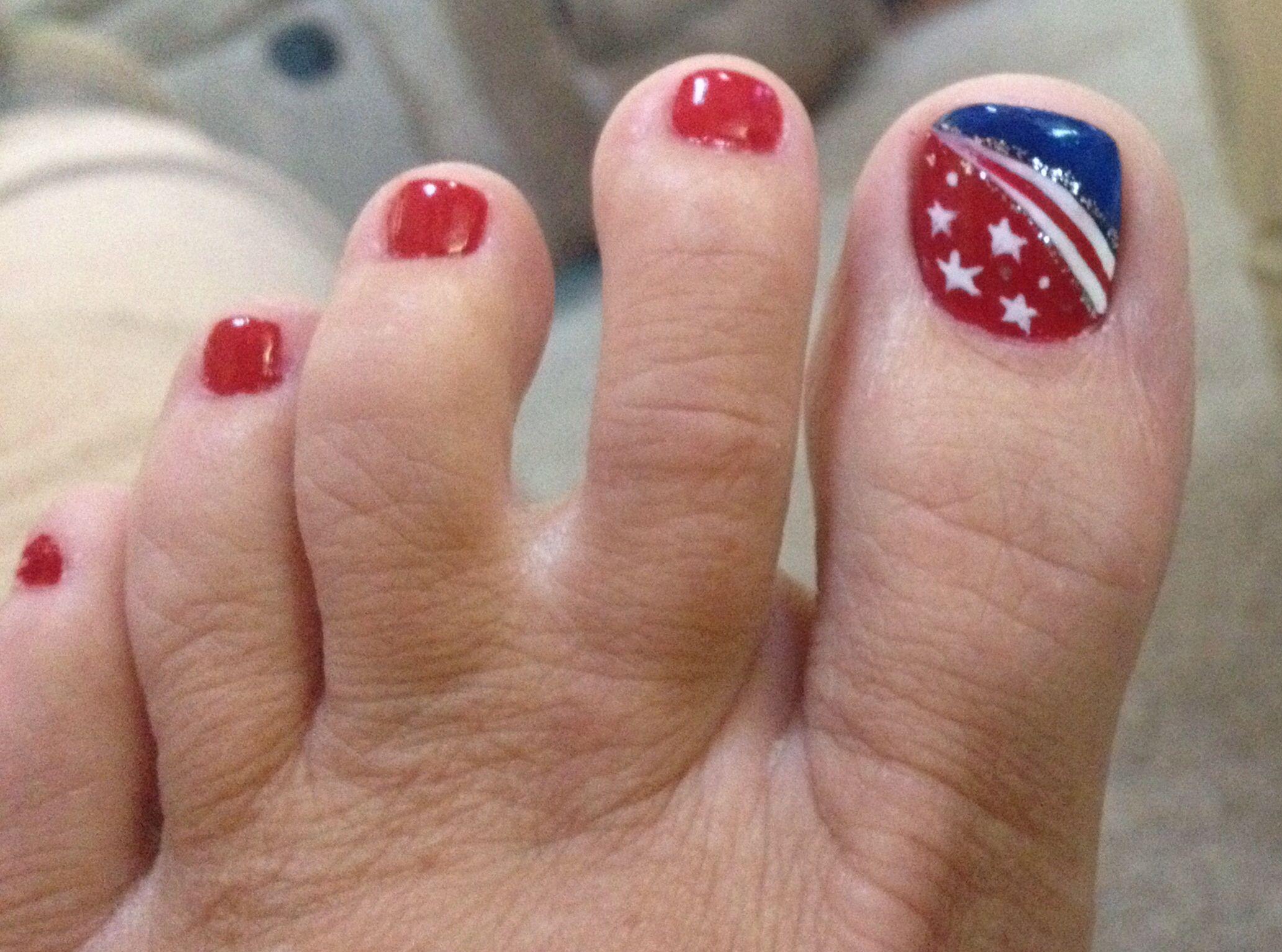 4th Of July Toenails Toe Nail Designs Patriotic Nails 4th Of July Nails