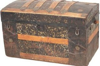 How To Clean Or Restore Old Steamer Trunks Hunker Steamer Trunk Antique Trunk Antique Trunk Restoration