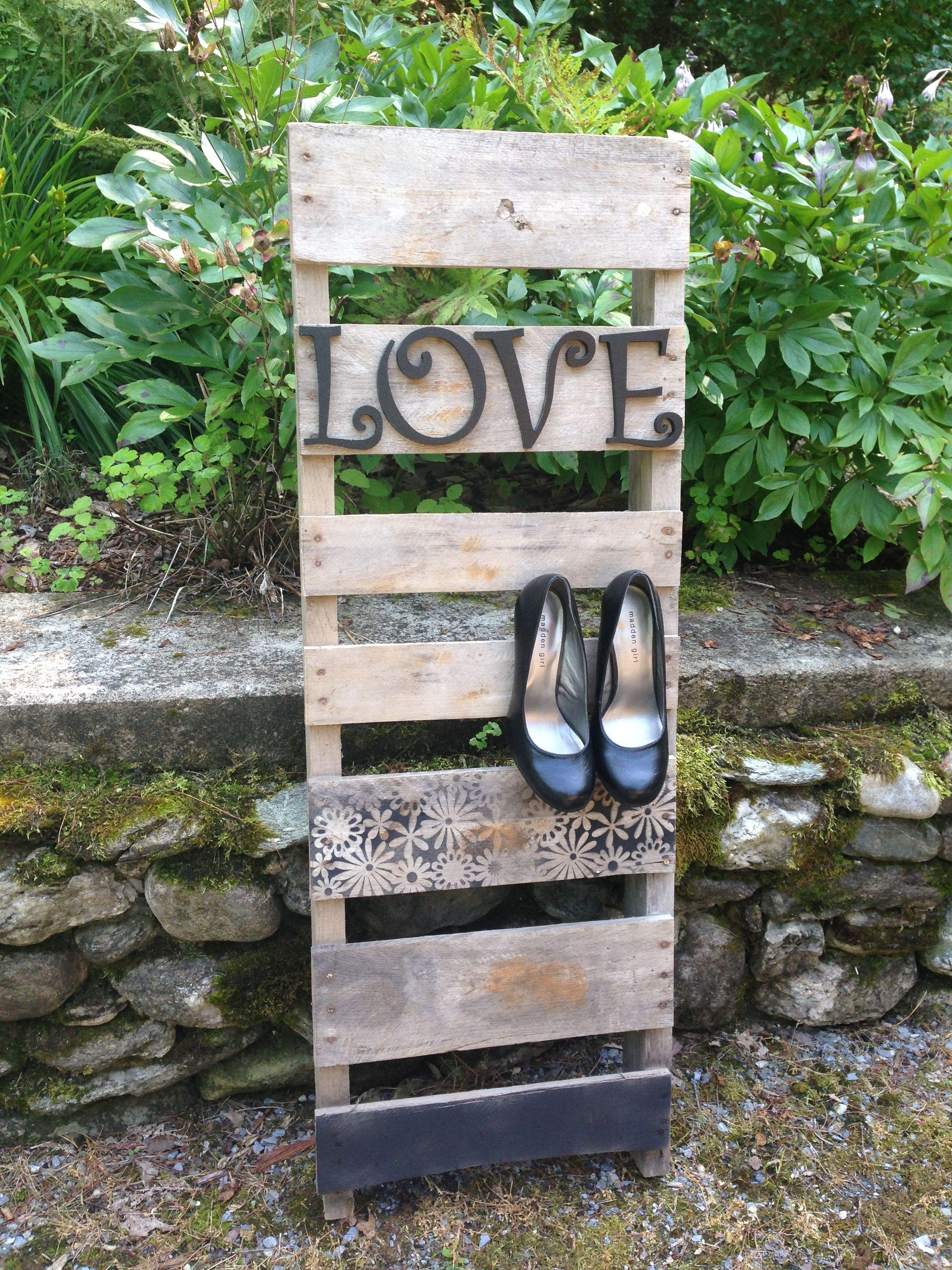 Pallet Ladders | Reclaimed wood design, Pallet, Ladder