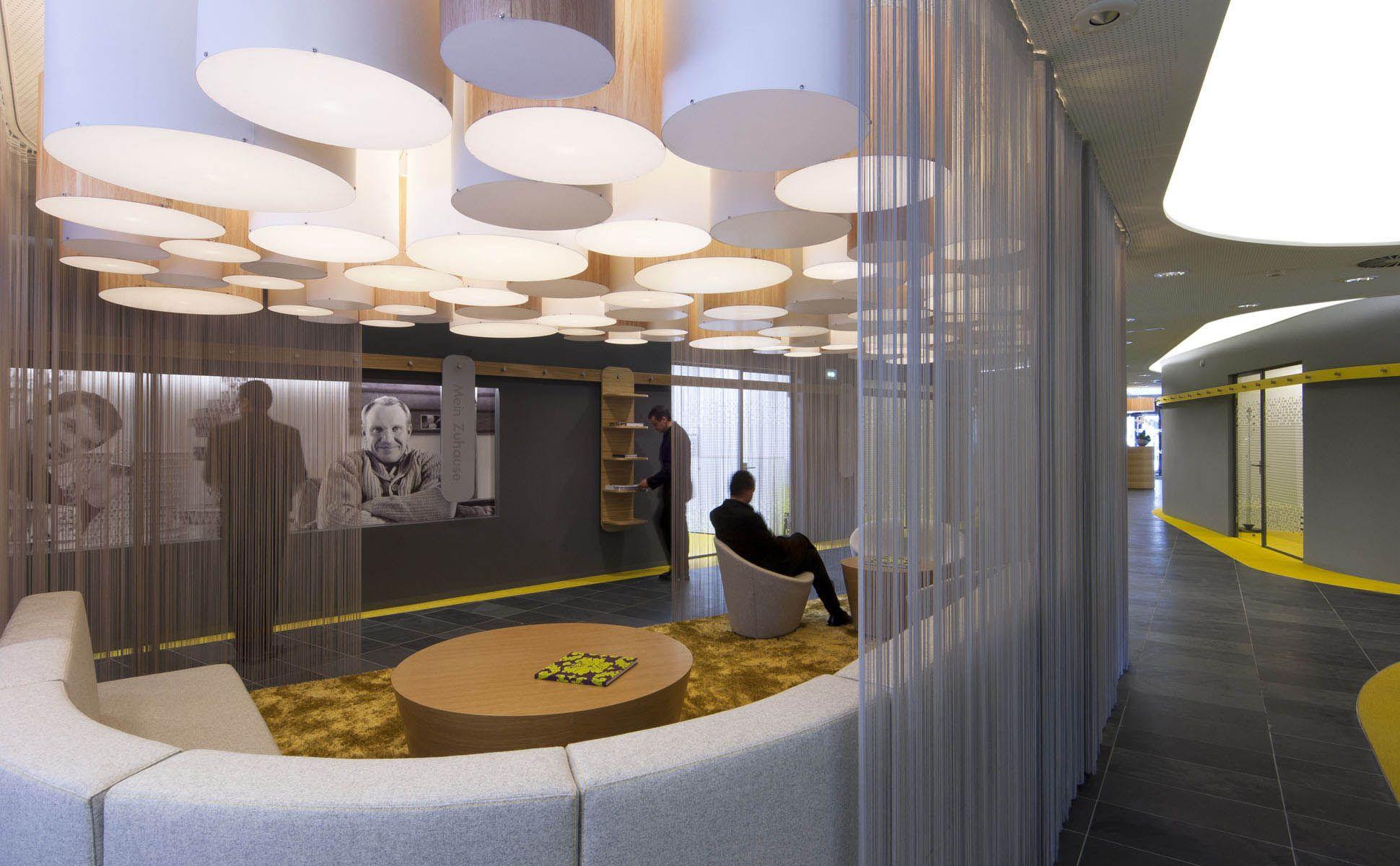 bkp - Raiffeisenbank: Lounge für Kunden zum informieren und warten ...